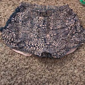 Alya shorts.